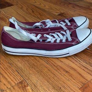 Converse men's size 9.5